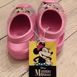 Disney Shoes - NWT Disney Minnie Mouse sandals